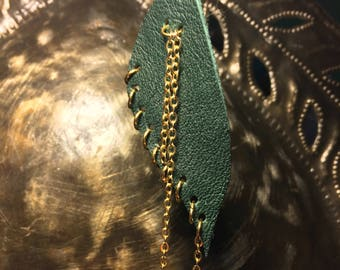 Green Leather & Gold chain