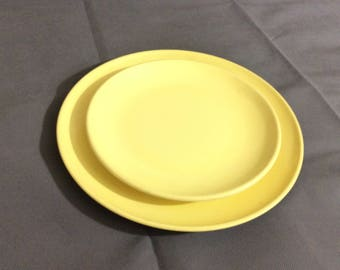 "Vintage Retro 10"" Dinner Plate and 8"" Salad Plate in Yellow by Watertown Lifetime Wear"