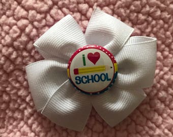I love school hair bow
