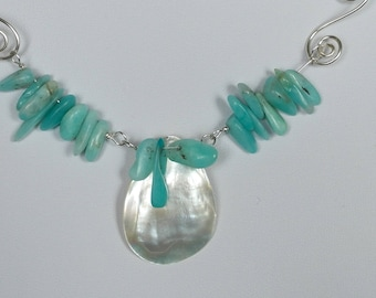 Shell necklace with amazonite
