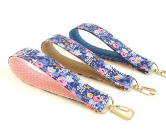 Wrist Key Lanyard, Short Wristlet Lanyard, Floral Key Wristlet, Wallet Wrist Strap, Floral Key Chain, Fabric Wrist Strap, Rosa Key Fob Strap