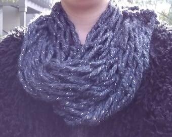 Infiniti scarf