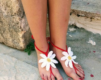 Barefoot Sandals Crochet with daisy barefoot sandals Daisy