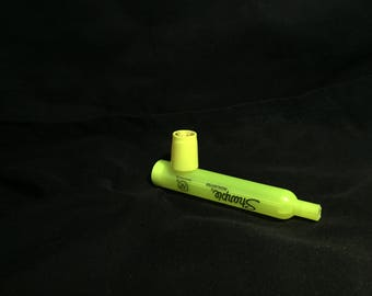 Highlighter pipe