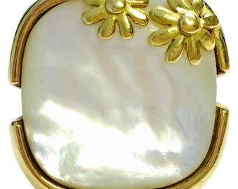 Large Mother-of-Pearl Yellow Gold Coctail Ring