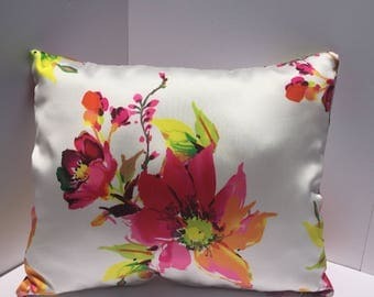 White pillow cover with fuchsia + yellow flowers 16x20, 18x18