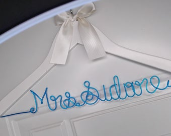 Engagement Gift, Personalized Wedding hanger, Bridal Hanger, Gift for Bridesmaids- Bridal Hangers, Custom Wire Name Hanger, Wedding Dress