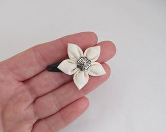 Ecru white small patterned fabric flower hair clip