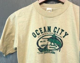 XS * vintage 80s Ocean City Maryland fishing t shirt