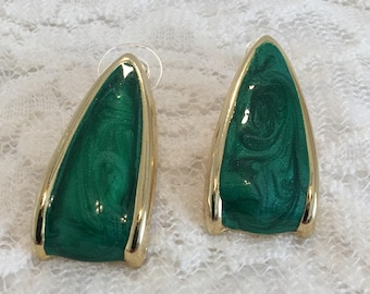 Green Swirl Enamel Gold Tone Tear Drop Half Hoop Pierced Vintage Earrings