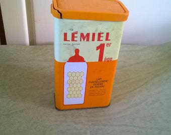 126) old Tin box