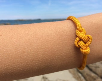 Jewelry - Bracelets - yellow - Paracord - Britany - knots sailors - stainless steel clasp - 18 cm