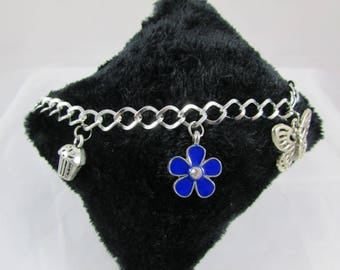 """""""Blue flower, butterfly and cupcake"""" bracelet in silver"""