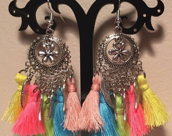 Pierced earrings - tassel