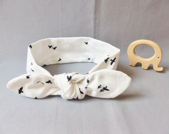 Headband for baby girl with a faux bow / headband in white jersey printed birds