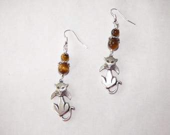 TIGER EYE WITH CAT CHARM EARRINGS SILVER
