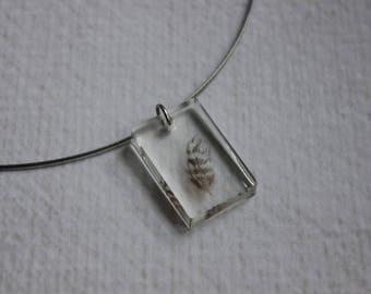 Choker + 3 x 2 resin and a feather inclusion rectangle pendant
