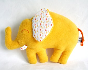 This soft toy pattern drops - yellow tones