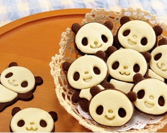 4 very kawaii panda cookie molds