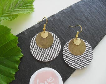 Earrings with gold and bronze metal
