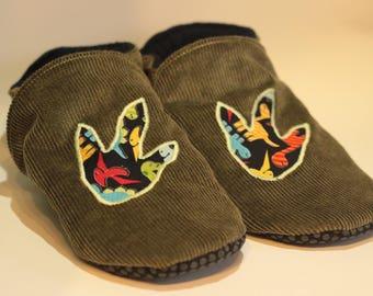 Slippers soft baby child boy corduroy green and dinosaur footprints * custom *.