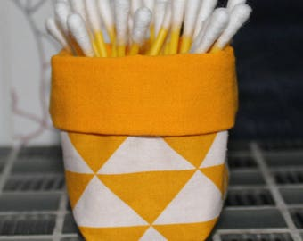 Basket for q-tips - reversible - triangle pattern