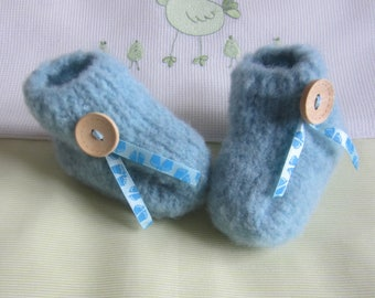 """""""Soft"""" baby booties size 1 month blue hand made knit"""