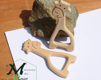 Giraffe 3 natural wooden teething ring.