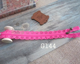 2 x zippers fancy lace lace fuchsia G144 20 cm