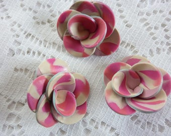 CREATING JEWELRY FLOWERS PINK AND IVORY