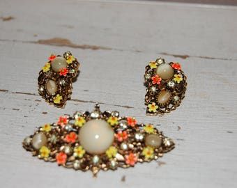 Vintage Costume Jewelry - Art Co.