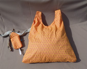 novelty tot bag with storage pouch