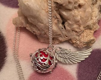 Beautiful pregnancy bola necklace