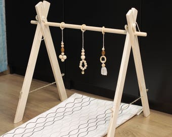 Organic baby gym toy with Mobile Accessories.