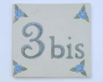 Plate door original stoneware, number '3A' beige and linen flowers