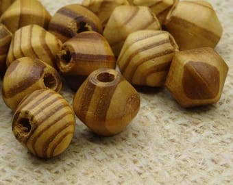 20 large veined wood 15mm bicone shape beads
