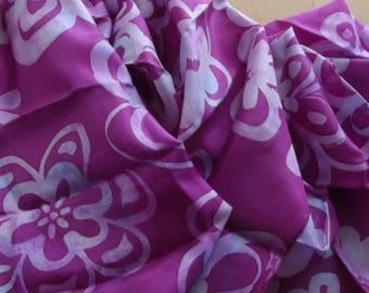 """""""Flowers BATIK"""" fuchsia silk scarf"""