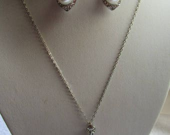 Earrings silver with imitation pearl beads and NECKLACE/EARRINGS/SET beautiful flush set neck ideal marriage
