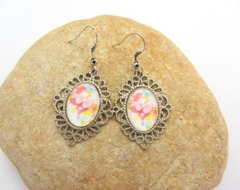 earrings,flower earrings,oval earrings,glass earrings, cabochon earrings