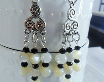Long earrings of Tibetan Silver earrings and beads of natural Pearl - 75mm h