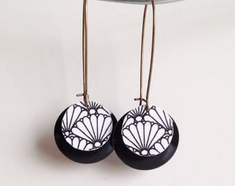 Lovely pair of earrings - Japanese Fan - silver metal