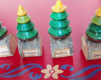 Customizable Christmas tree top with name for the table (four)