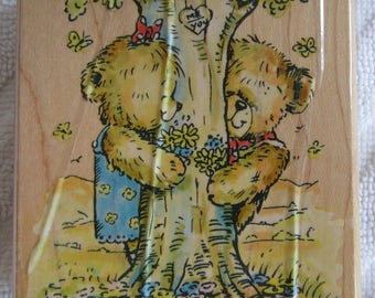 Penny Black Wood mounted stamp, Rambling Love 358J from the Rambling Teddies collection