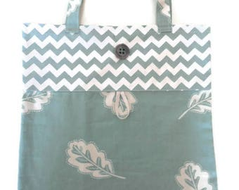 Foldable bag fabric leaves and chevrons