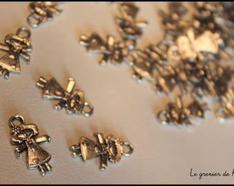 x 1 rag doll charm in silver