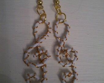 Earrings white treble clef