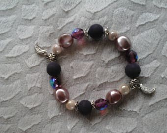 Bracelet with Crystal beads and velvet purple