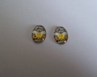 1 set of 2 yellow and White Butterfly on a gray background glass cabochon