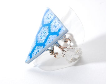 Ring falls the snow, adjustable filigree, blue and white triangle