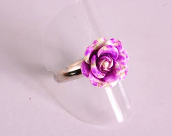 Purple and white 3D flower ring